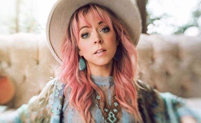 Conoce a Lindsey Stirling