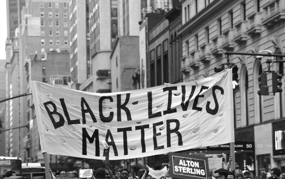 BLACK LIVES MATTER: El movimiento que lo está cambiando todo