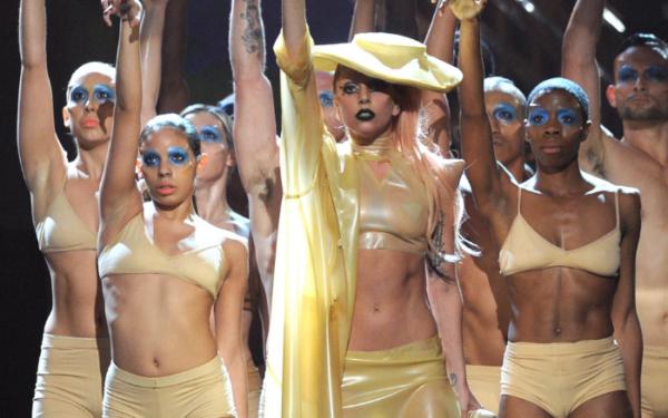 Entrevistamos a Perry Meek: el diseñador de Lady Gaga